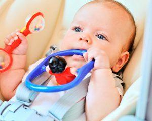 Игрушки и занятия с ребенком от 3 до 6 месяцев