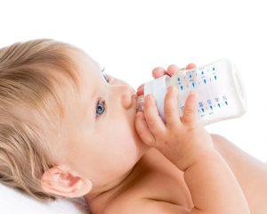 Особенности кормления малыша-искусственника